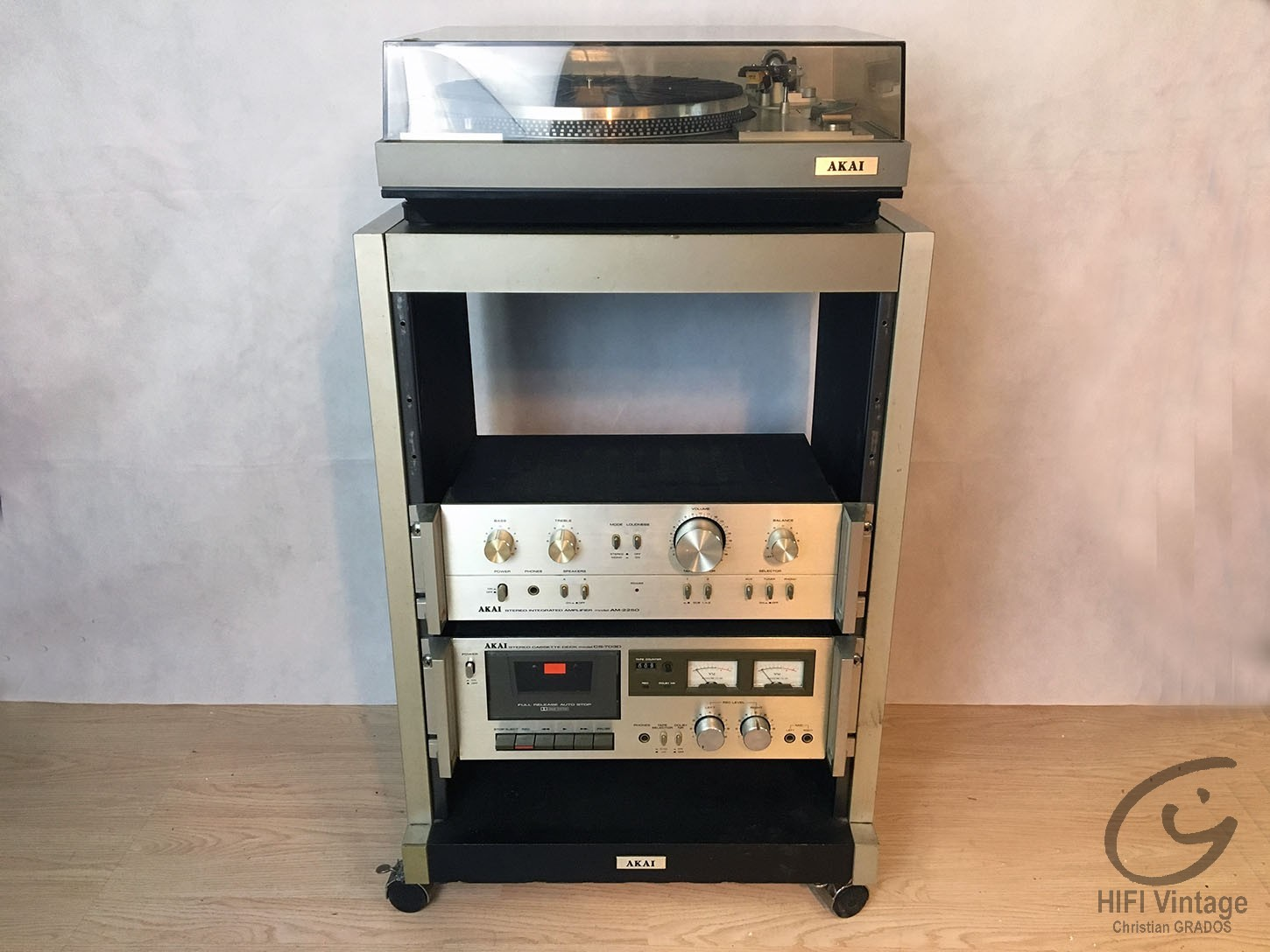 Meuble akai for Meuble hifi vintage