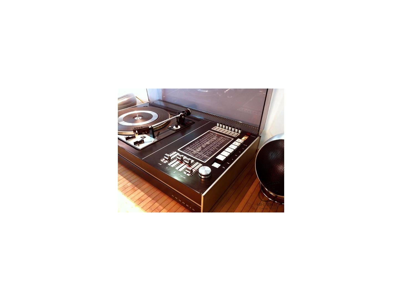 Grundig studio 2000