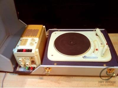 CPV Electrophone bleu Stéréo