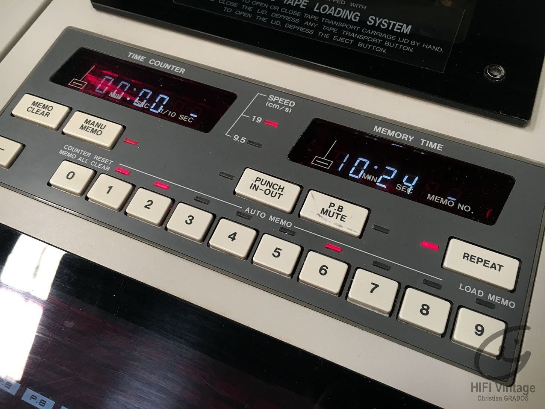 AKAI MG-1214 Professionnel
