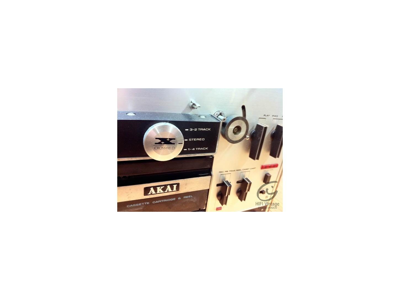 AKAI X-2000SD
