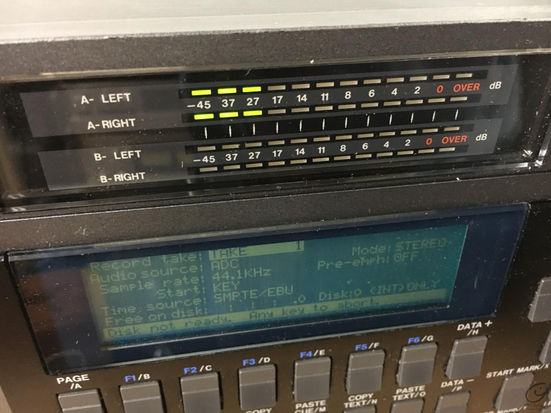 AKAI DD-1000