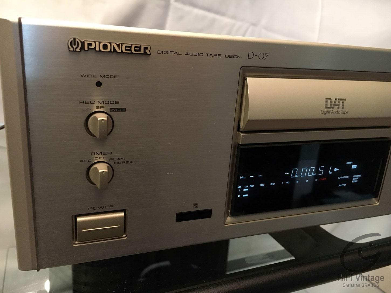 PIONEER D-07