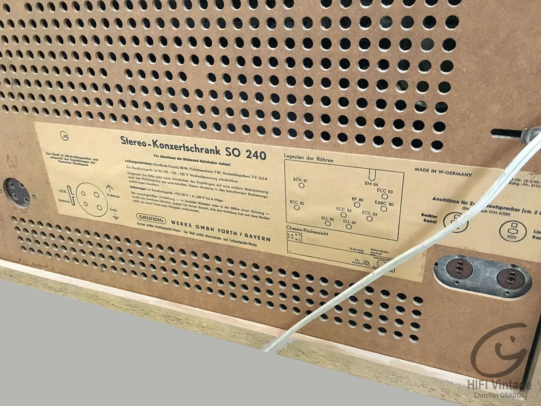 GRUNDIG Stereo KonZertsChrank SO-240