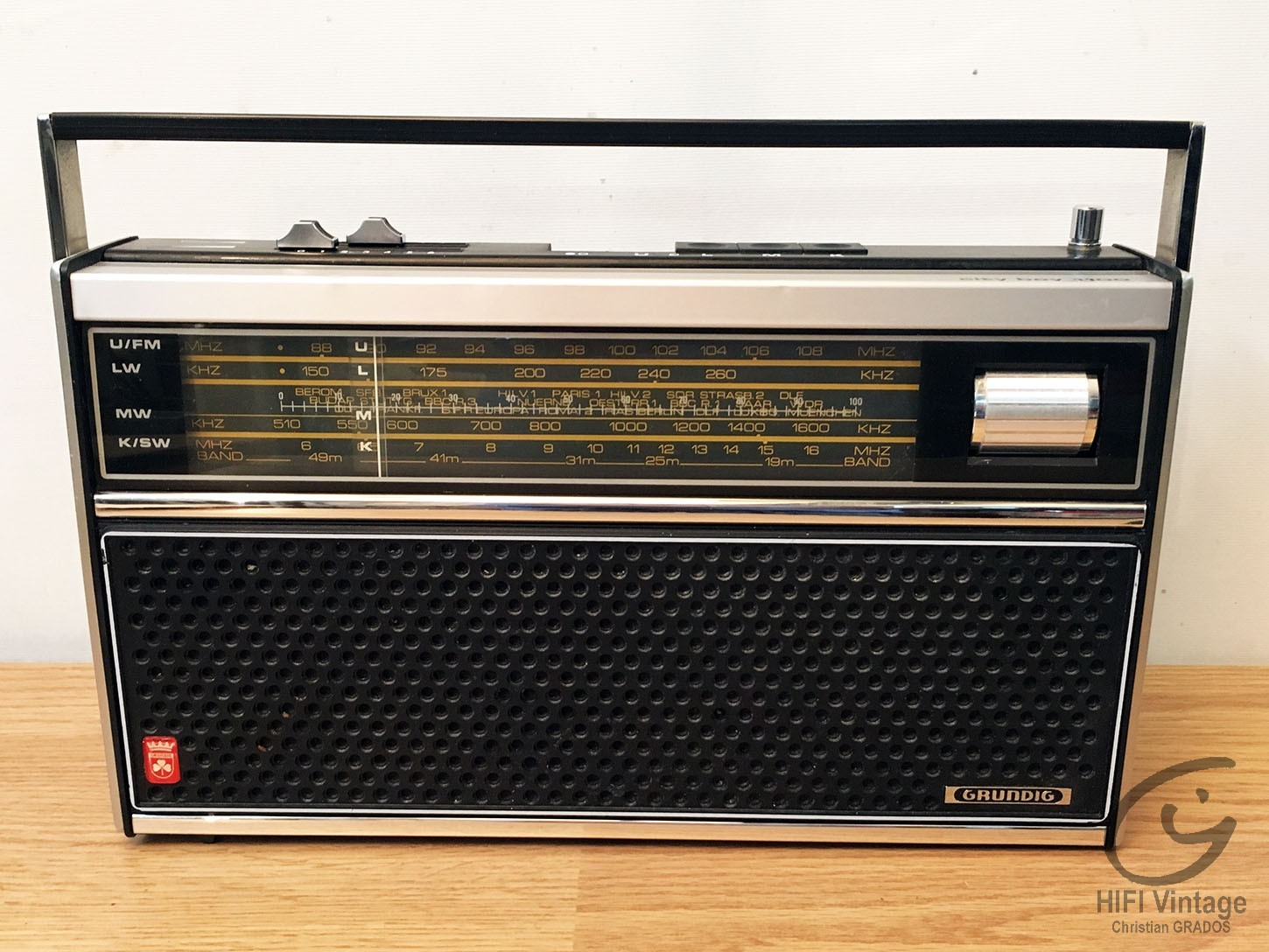 GRUNDIG City Boy 1100 Hifi vintage réparations