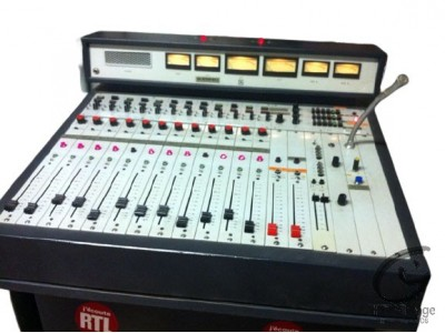 Girardin C-123 console 12 voies de mixage Hifi vintage réparations