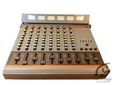 Fostex Model 350 Recording mixer et model 3060 meter bridge