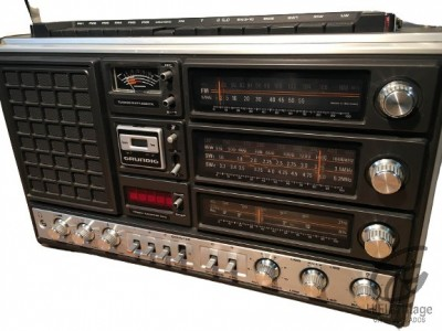 GRUNDIG Satellit 3000
