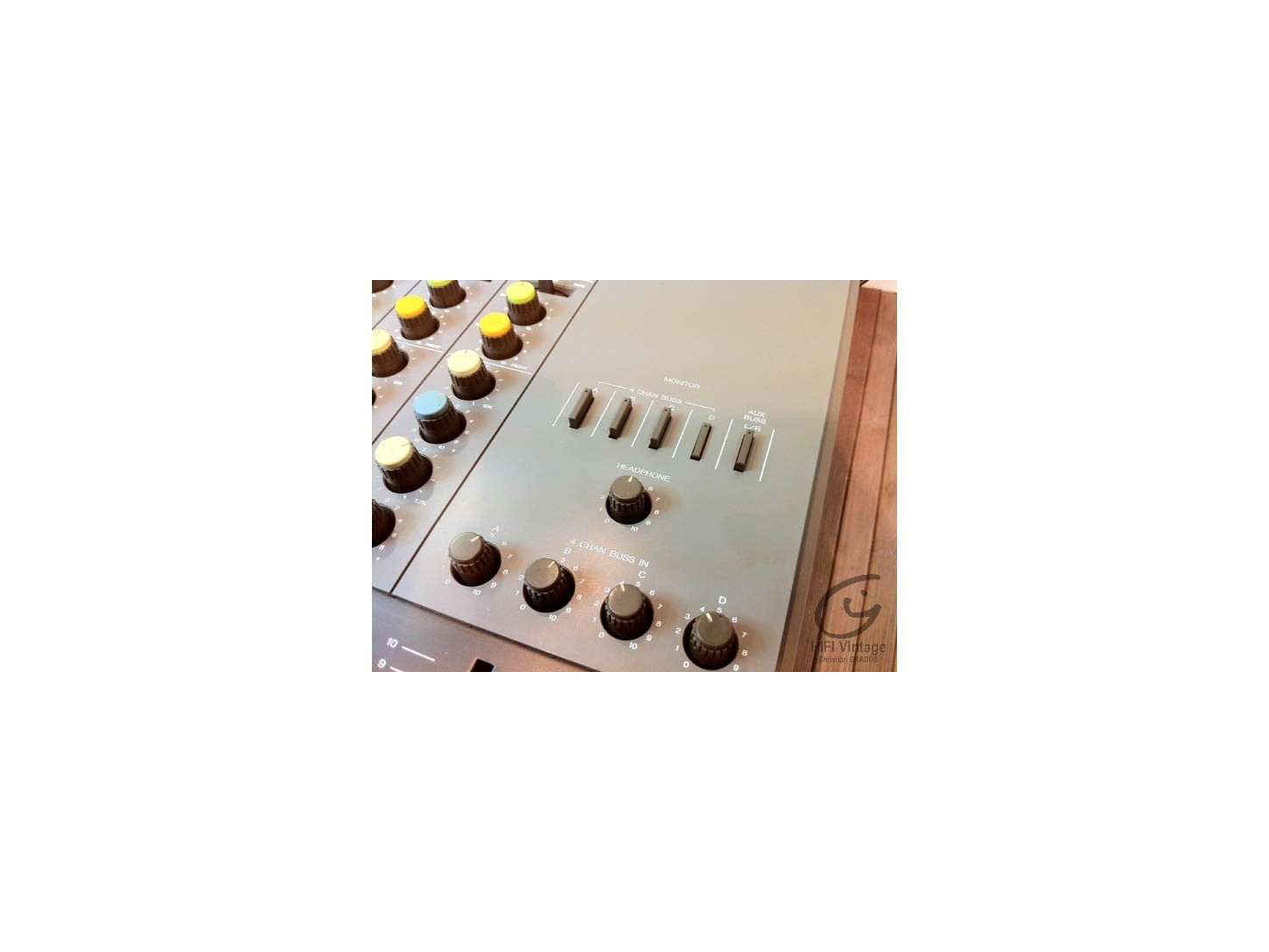 FOSTEX Model 350 Recording mixer et model 3060 meter bridge
