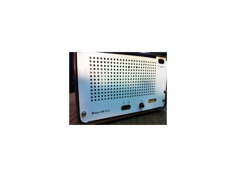 BRAUN SK-2 radio