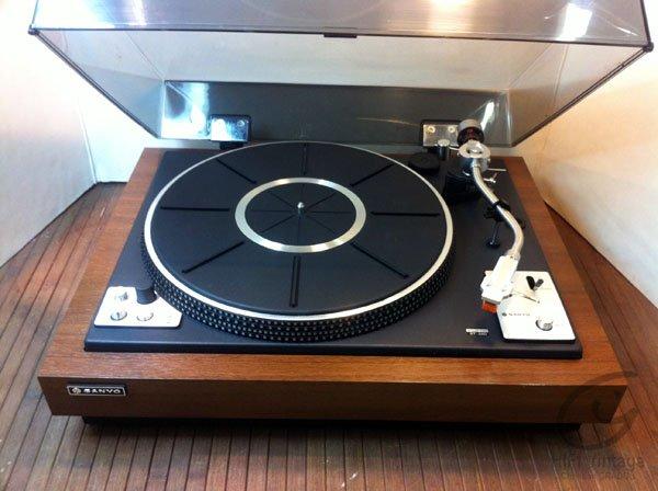 SANYO TP-725 UM Hifi vintage réparations