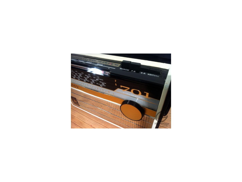 Pygmy radio 701