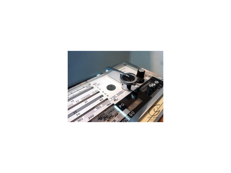 Radialva 13 gammes 17 transistors Radio